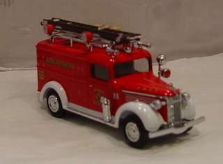 MB 1937 GMC Rescue Squad Van International Fire Engine Series II YFE10