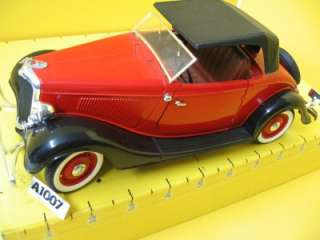 SOLIDO ~ FORD ROADSTER ~ 1934 TWO SEAT RUMBLE V 8~1;18 UNBOXED
