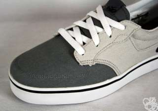 Canvas Cool Grey / Black / White Men Skate Shoes New Sneakers