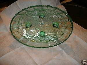 BEAUTIFUL LIME GREEN CARNIVAL GLASS FRUIT BOWL VINTAGE