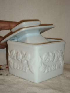 PORCELAIN Butter Saver Dish FRESH BUTTER & WATER  COOKS LOVE IT