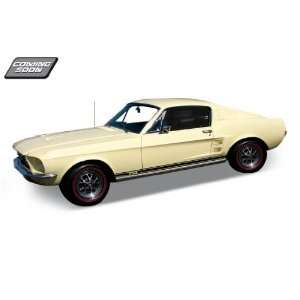 1967 Ford Mustang GT Cream 124 Diecast Model Car Toys & Games