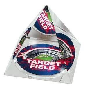 Minnesota Twins High Quality Crystal Pyramid with Target