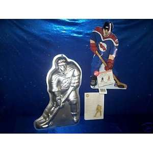 Wilton Cake Pan Hockey Player